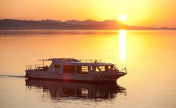 Hakucho II Lake Shinji pleasure boat