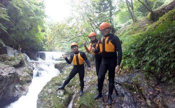 River climbing