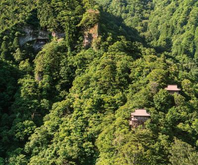 (5) 三徳山